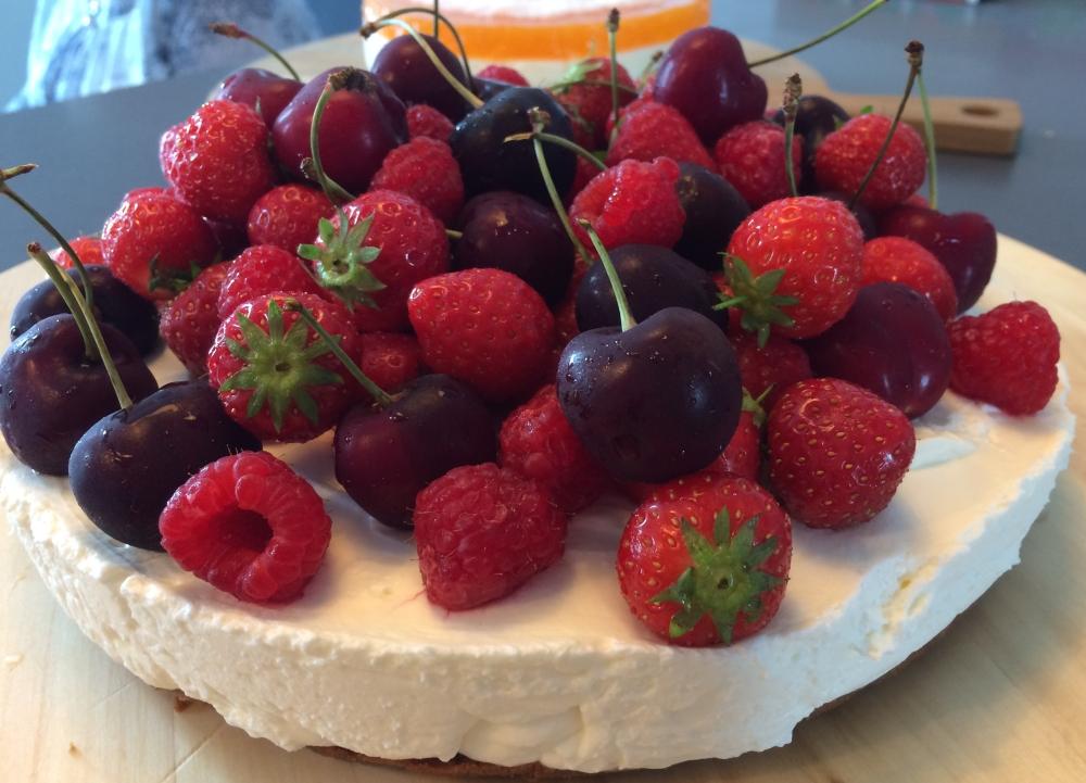 monchou taart met vers fruit